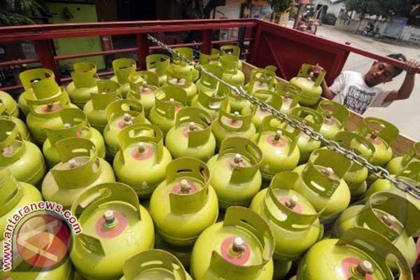 Tabung Gas 3 Kilogram Rp 22.000 Di Mamuju