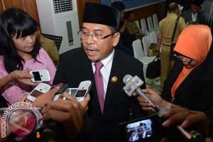 Walikota Makassar Pertahankan Jabatan Terdakwa Korupsi