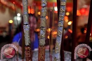Warga Tionghoa Mamuju Rayakan Imlek di Makassar