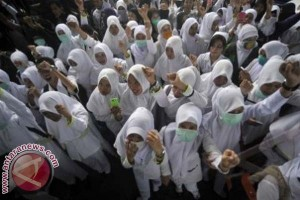 Ribuan Perawat Di Mamuju Tuntut Jadi PNS