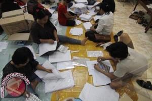 Pemilu - Bawaslu dan KPU Mamuju Tidak Terima Salinan C1