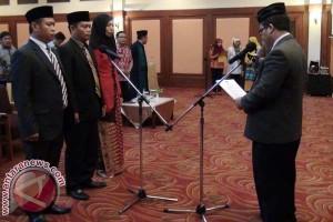 Pemilu - KPU Sulsel Lantik Tiga Anggota KPU PAW