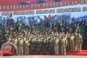Gubernur Sulbar Dapat Penghargaan dari Panglima TNI