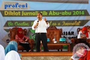 LPM Profesi UNM Siap Gelar Jurnalistik Abu-Abu