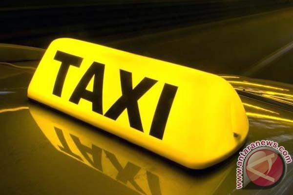Angkutan Sistem Daring Dilarang Beroperasi Di Makassar
