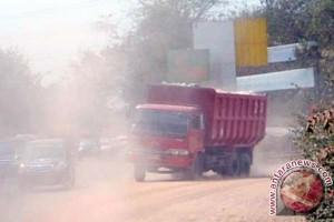 Pengamat : Larangan operasi truk dalam kota mandul