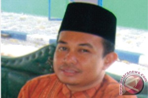 Pegawai Depag Selayar raih doktor komunikasi Islam