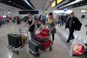 Aktivitas penerbangan di Sulbar turun 33,68 persen