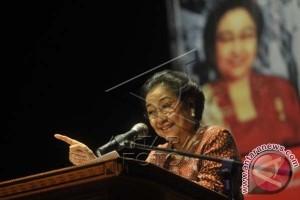 Megawati : Menangkan Pilkada 2018 Di NTT