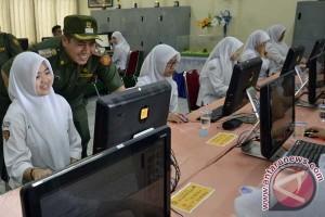 DPRD Makassar libatkan PLN-Telkom UN CBT