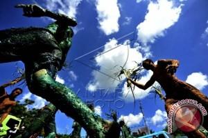 Mahasiswa Makassar gelar aksi peringati Hari Bumi