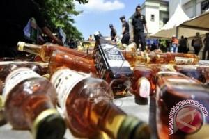 Bupati Mamuju larang penjualan miras selama ramadhan