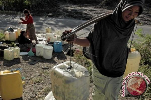 Suplai Air Bersih Dikeluhkan Warga Mamuju