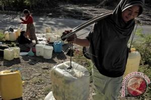 Warga Mamuju Tengah kesulitan air bersih