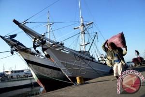 Sulbar bangun pelabuhan di wilayah kepulauan