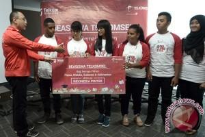 Telkomsel salurkan beasiswa dukung program Indonesia Pintar
