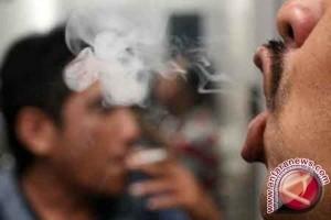 Mamuju bahas ranperda kawasan bebas asap rokok