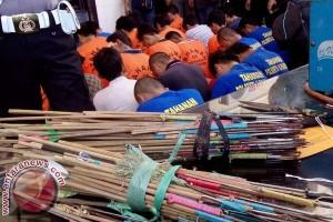 Polisi Makassar Amankan Produsen Anak Panah