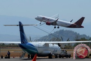 Dishubkominfo Sulbar minta penambahan rute penerbangan