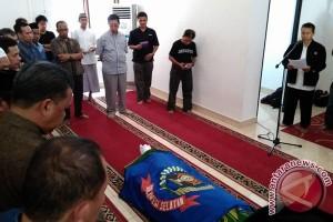 Bupati Bantaeng lepas jenazah staf khusus di Masjid PWI