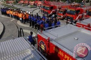 Wali Kota Makassar resmikan 29 mobil damkar