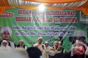 500 karyawan Gudang Rasa Makassar ikuti Maulid