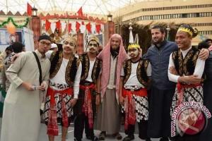 Mahasiswa Indonesia kenalkan warisan budaya di Arab