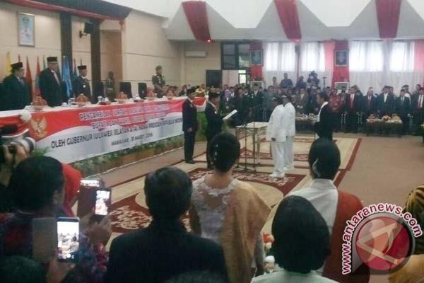 Gubernur Lantik Bupati Toraja Utara