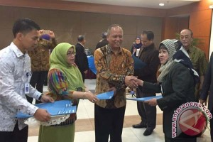 Menristek serahkan mandat PS-PPI UMI Makassar