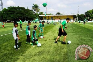"300 pemain muda ikuti ""football clinic day"""