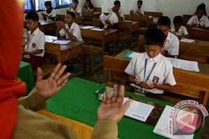5.949 siswa SD di Mamuju ikuti UAS