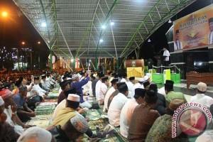 Gubernur: Maknai Al Quran dengan kasih sayang