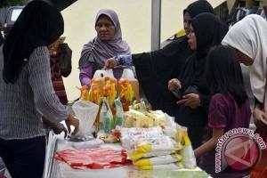 Pasar murah DPRD Sulsel diserbu warga sekitar