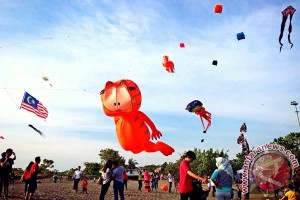 Festival layang-layang Makassar sukses menarik kunjungan wisatawan