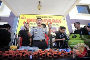 Polisi tetapkan dua tersangka ledakan gas Makassar