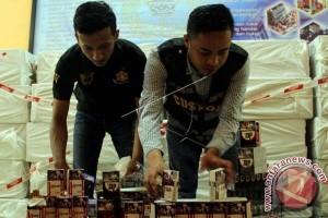 Bea Cukai Sulawesi ungkap penyelundupan rokok ilegal
