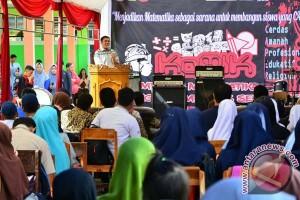 Wawali Makassar buka kompetisi matematika