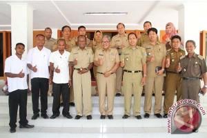 Camat Kabupaten Waropen belajar di Bantaeng