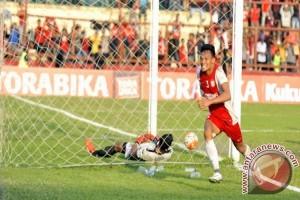 PSM Makassar kalahkan Sriwijaya FC 2-1
