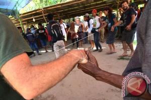 Ribuan orang ikut tari Dero persaudaraan Morowali Utara