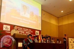 Wawali Makassar tantang alumni STIMIK AKBA berkarya