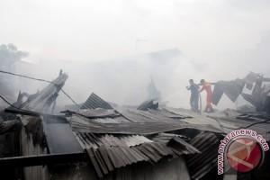 Kebakaran Hanguskan 25 Rumah Di Kota Makassar