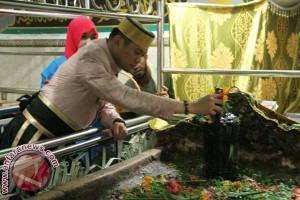 Danlantamal VI-Bupati Gowa ziarah Makam Pahlawan Nasional