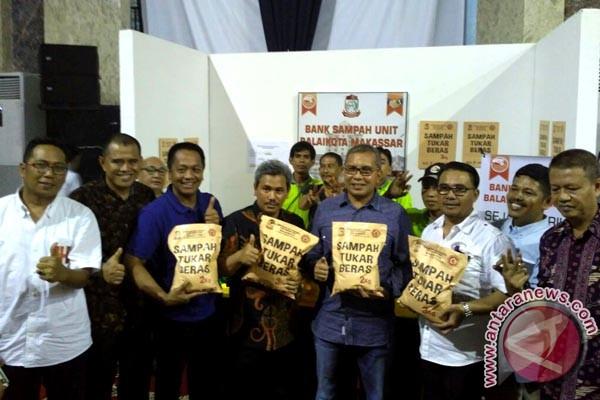 Bank sampah Makassar kelebihan target