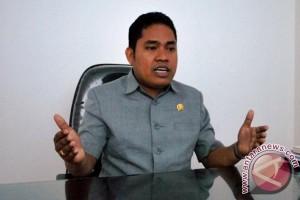 Anggota DPRD  Sulbar dukung mafia proyek diusut