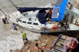 Evakuasi kapal Australia terkendala kapal penarik
