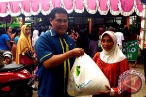 BPJS Ketenagakerjaan bagikan 1.250 sembako di Makassar
