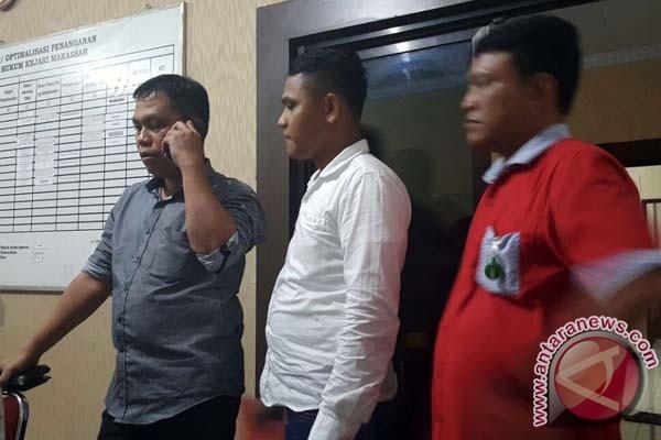 Kepala Sekolah Lakukan Pungli Di Makassar Ditahan