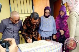 Nurdin Abdullah Resmikan Gedung SKB Bantaeng