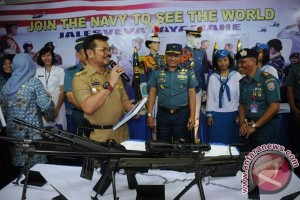 Gubernur Sulsel Sarankan Pelajar Jadi Tentara